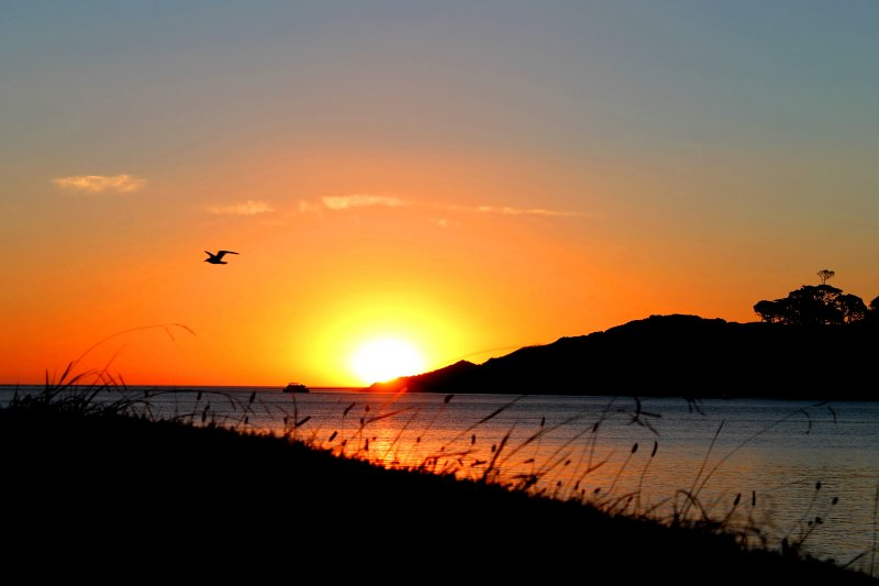 raglan-sunset-fbf4b8d4becab9d45a6488f307966284c26ea8bb